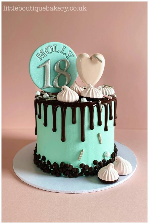 Cakesicle  Meringue Choc Drip Cake