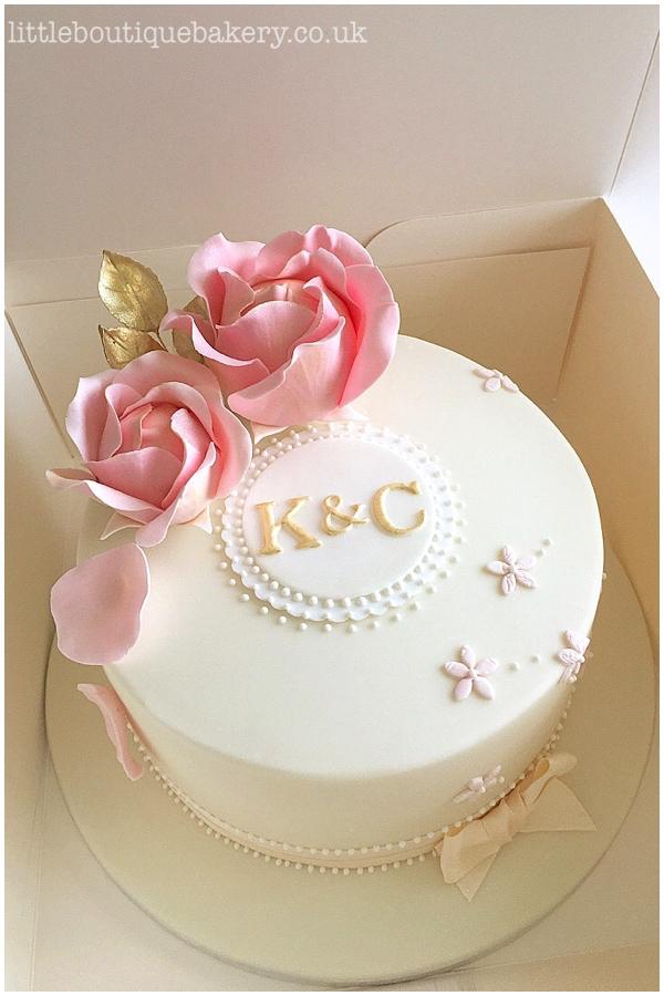 Large Roses Celebration Cake