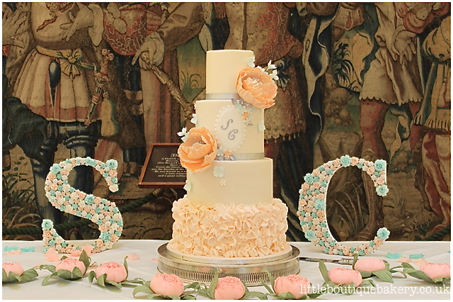 Peaches & Cream Wedding Cake