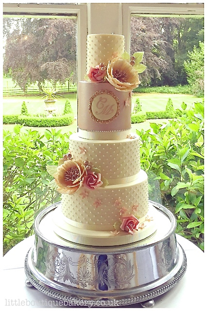 Rose Gold & Pearls Wedding Cake