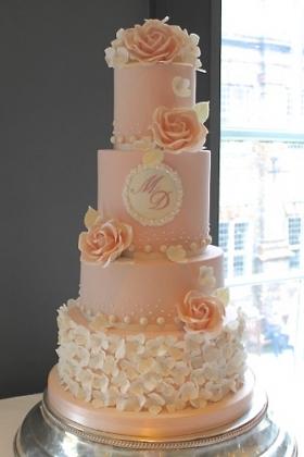 Hydrangea Blush Rose Wedding Cake