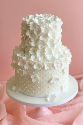 Hydrangea Pearls Cake