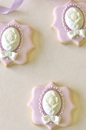 Lilac Frame Cookies