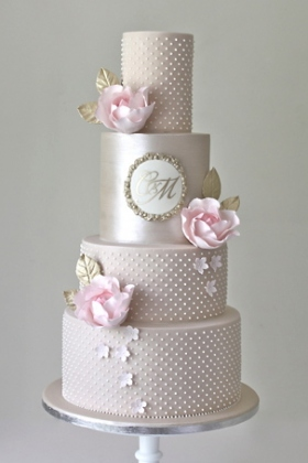 Champagne & Pearls Wedding Cake