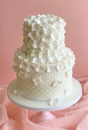 Hydrangea Pearls Wedding Cake