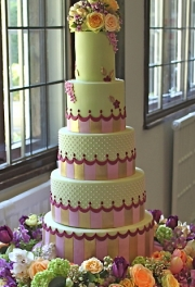 Scallop Stripe Wedding Cake