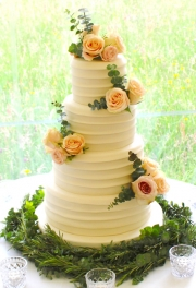 Texture Real Flowers Wedding Cake