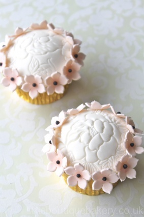 Peach & Ivory Floral Cupcakes