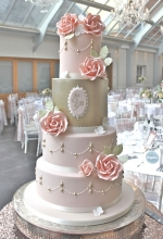 Lustre Rose Wedding Cake