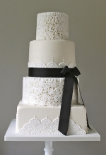 Monochrome Art Deco Wedding Cake
