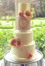 Rose Gold & Pearls Wedding Cake