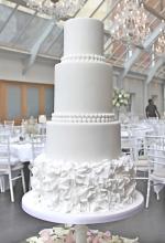 Pearl Ruffles Wedding Cake