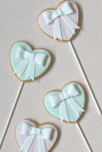 Bow Heart Cookies