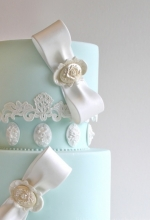 Bows & Lace Wedding Cake