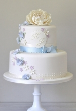Blue & Ivory Vintage Wedding Cake