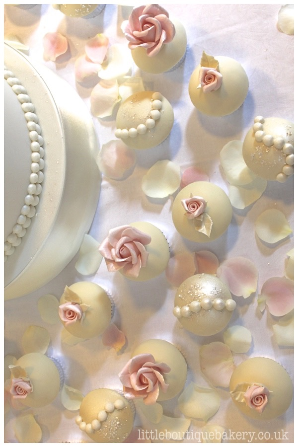 LBB_rosepearl_cupcake